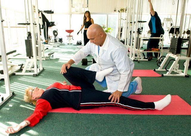 Список эффективных упражнений при кисте Бейкера под коленом