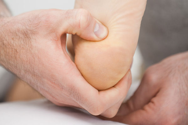 В каком лечении нуждается киста в пяточной кости