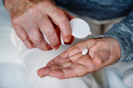 Прием препаратов должен проходить под контролем