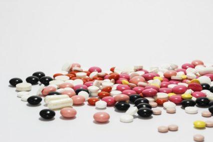 Лекарства назначаются в зависимости от формы и стадии недуга