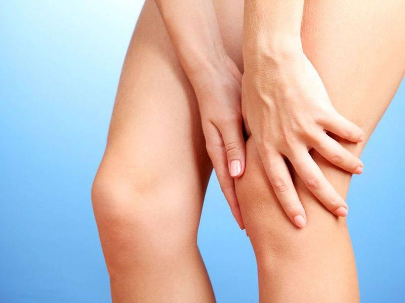 Боль в области колена