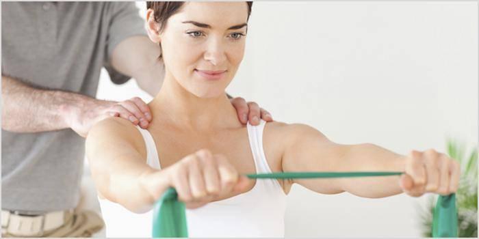 Упражнения для плечей