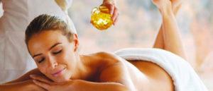 Как делать медовый массаж спины