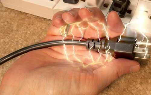 Электрический ожог: особенности оказания помощи