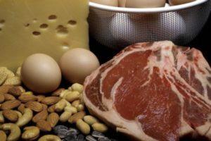 В каких продуктах меланин содержится в большом количестве