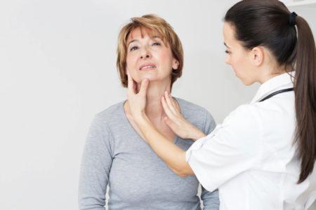 Проблемы с микрофлорой и гормонами