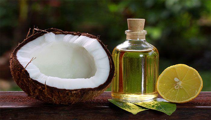 Кокосовое масло увлажняет кожу