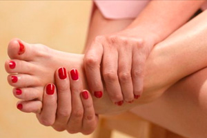 Как выглядит и может проявляться грибок кожи на ногах