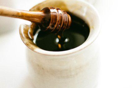 Мед - невероятно полезный пчелиный продукт