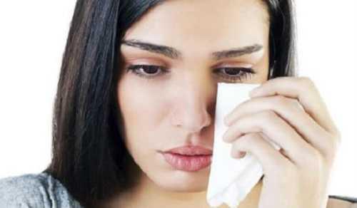 Почему болят глаза после наращивания ресниц